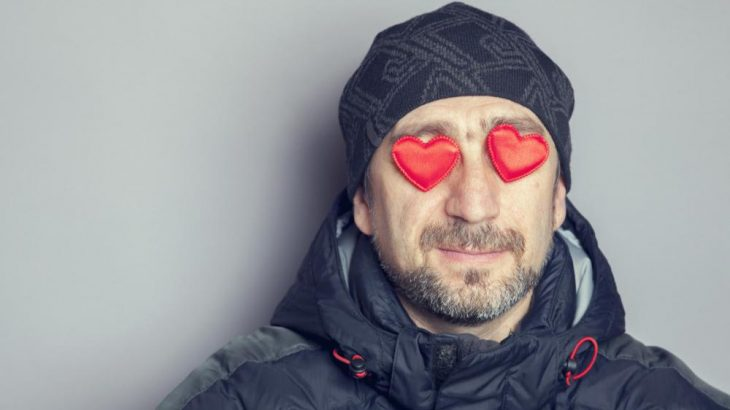 A Single Person's Guide to Surviving Valentine's Day